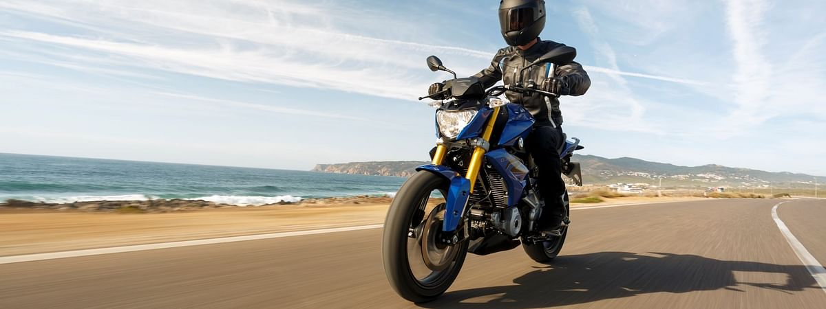 The BMW G 310 R in its previous iteration