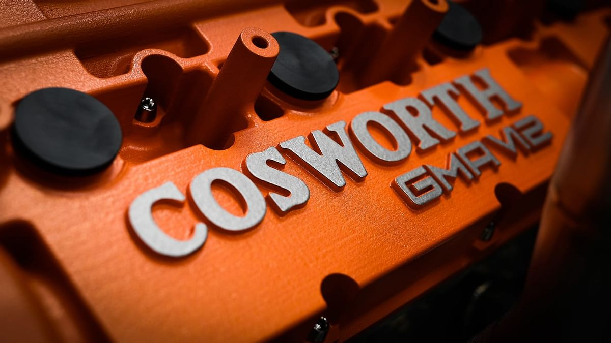 It uses the same carbonfibre monocoque and fundamentals of the GMA-Cosworth V12 as the T.50
