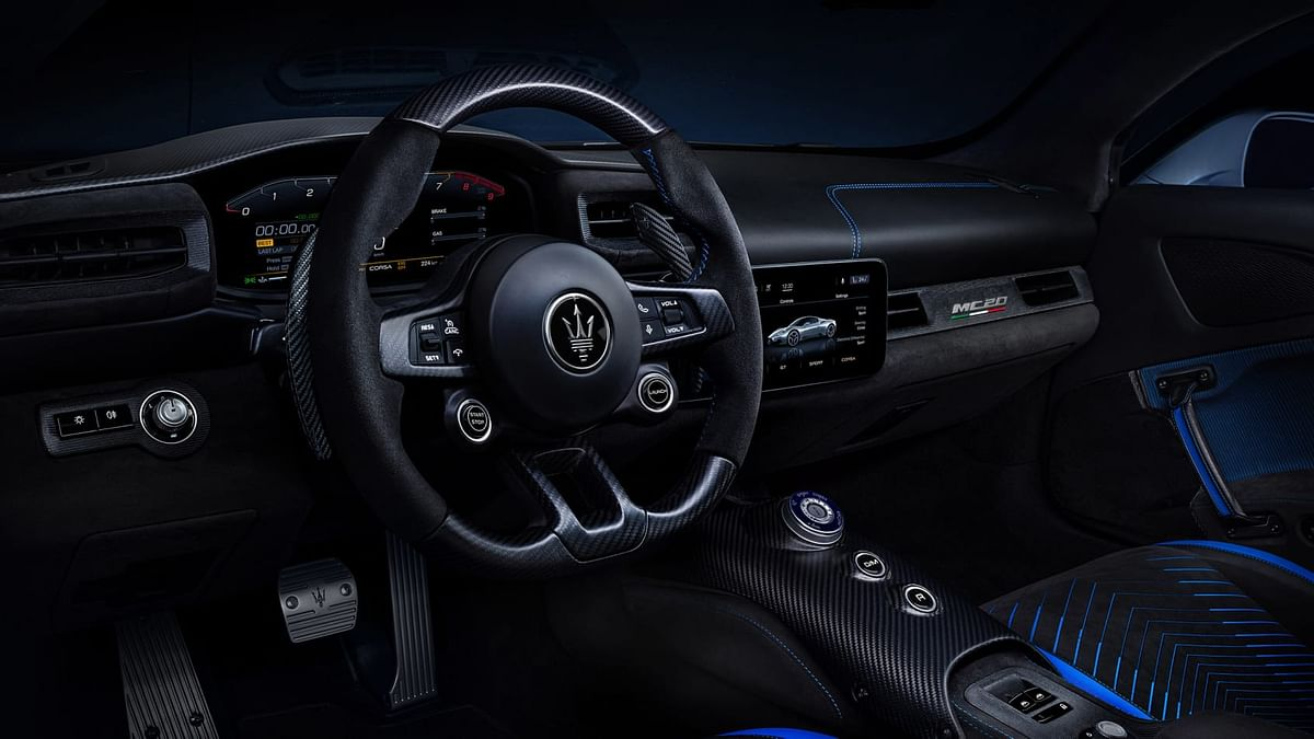 A 10.25-inch driver-display ahead of the steering wheel
