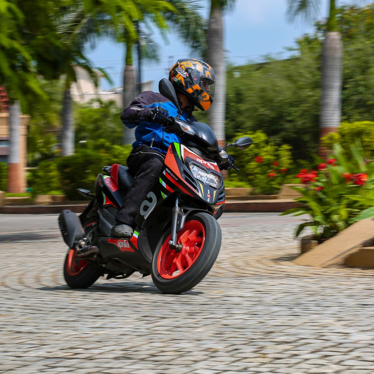 Aprilia SR 160 and SR 160 Race review