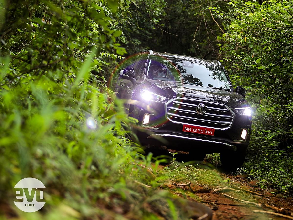 Low range transfer case makes it rather capable off-road