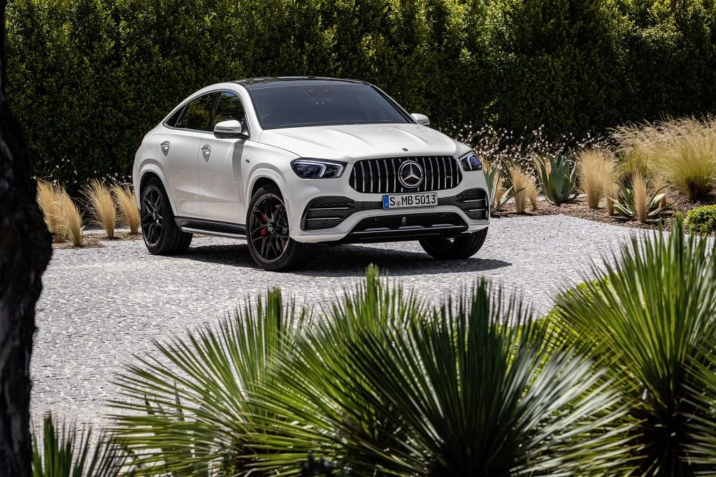 The GLE 53 AMG is muscular and aggressive
