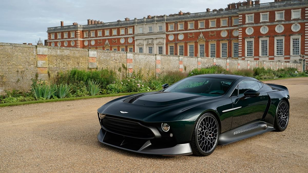 Looks inspired from 1970s Aston Vantage model