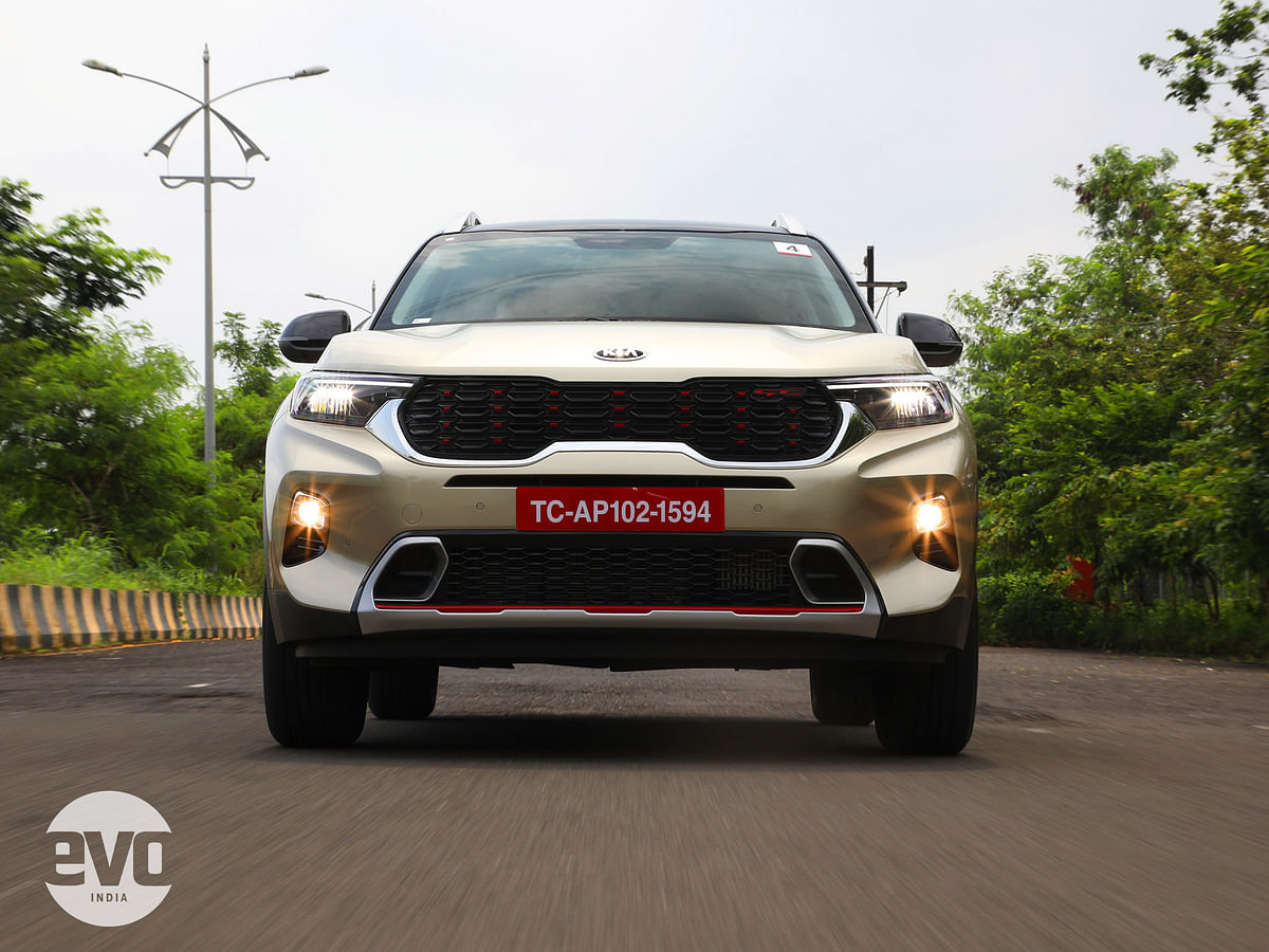 The Sonet gets the signature Tiger Nose grille and the GT Line gets red accents
