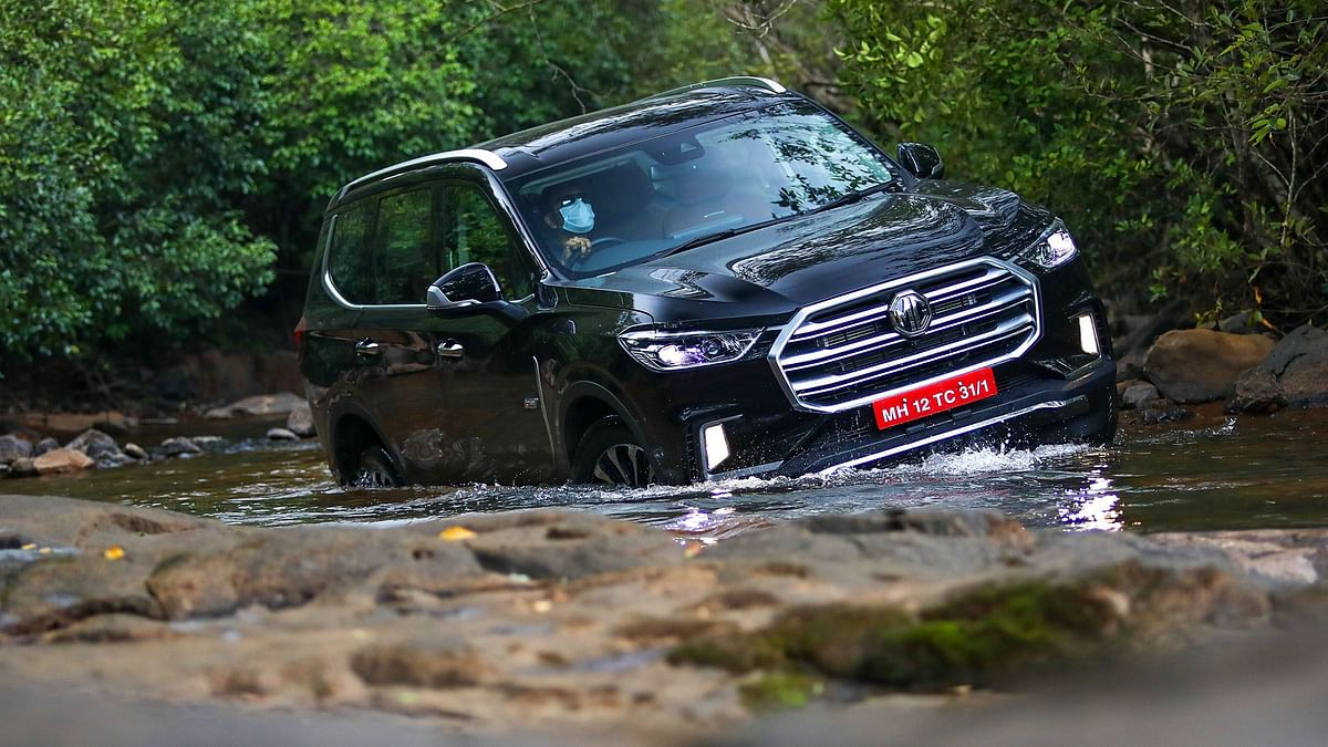 MG Gloster Review: Toyota Fortuner, Ford Endeavour rival impresses us