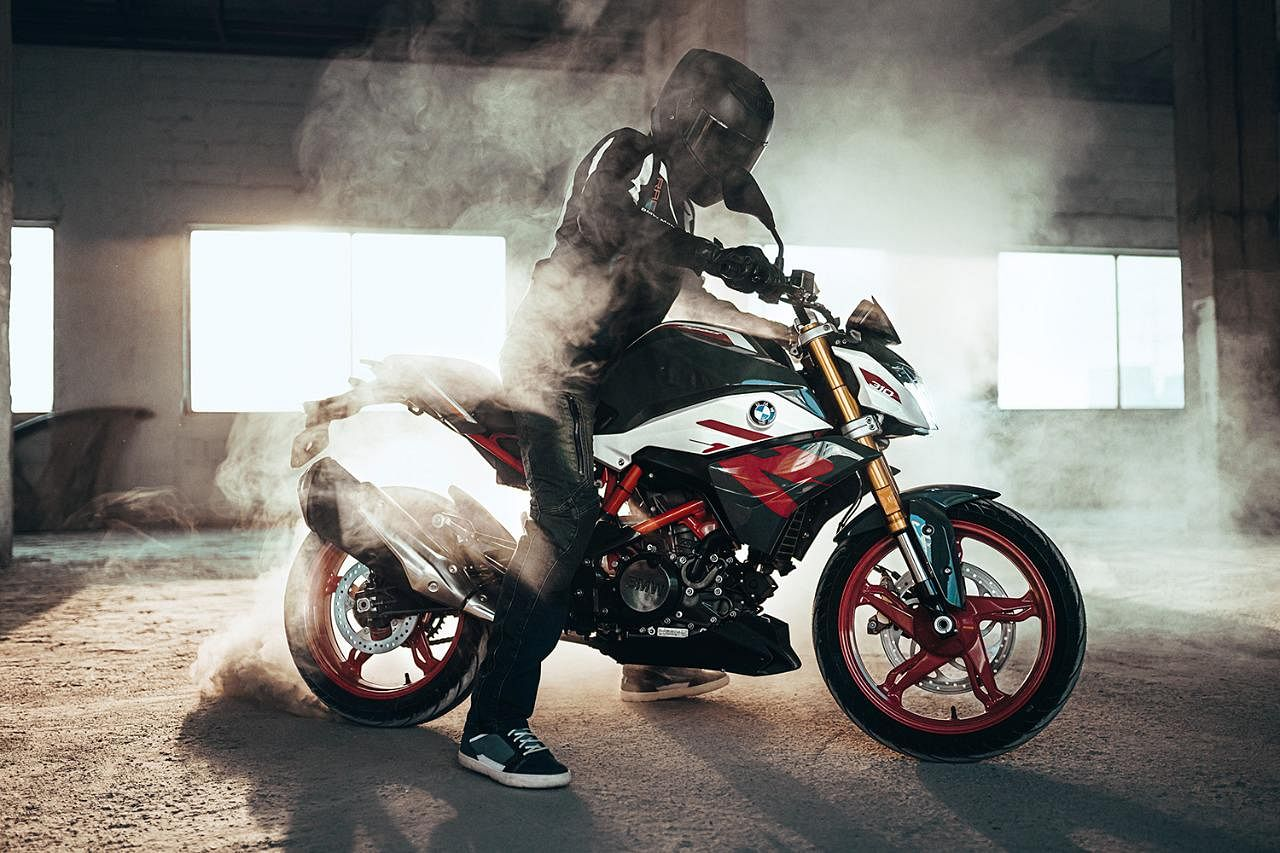 Bmw Motorrad Launches The New G 310 R At Rs 2 45 Lakh