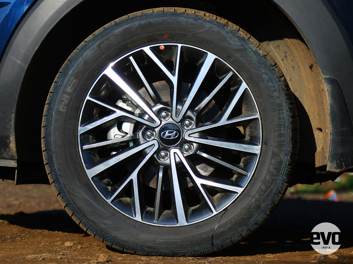 18-inch diamond cut alloys