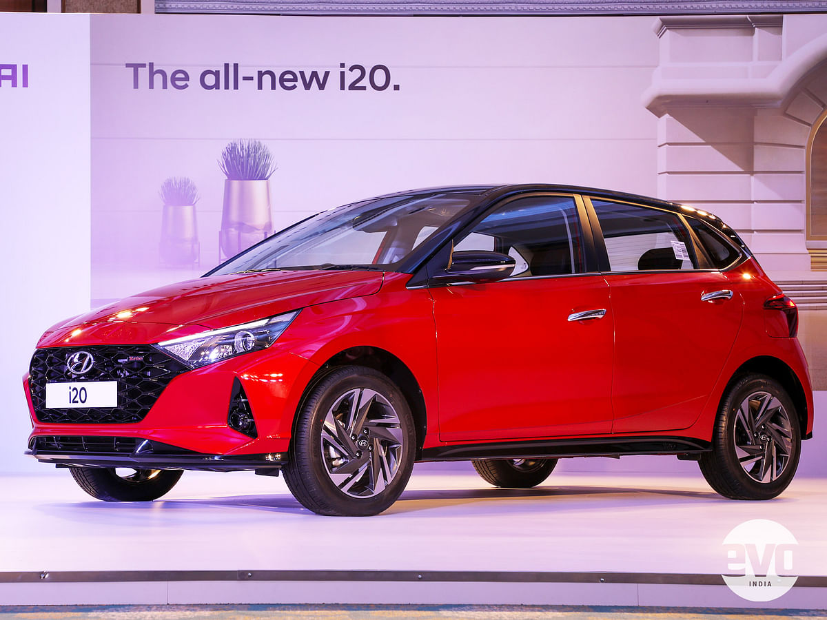 The i20 gets Hyundai's Sensuous Sportiness design language