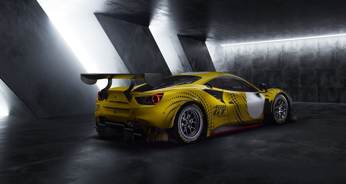 Massive wing helps generate serious downforce