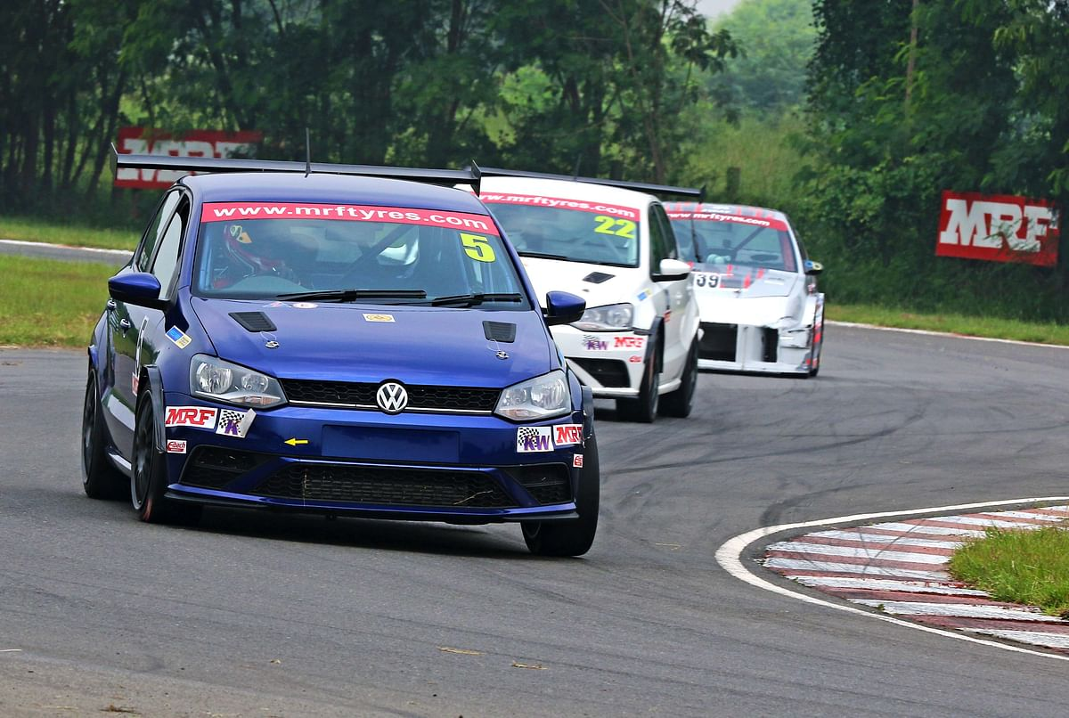 Jeet Jhabakh (5) on his way to winning race 2 in ITC class