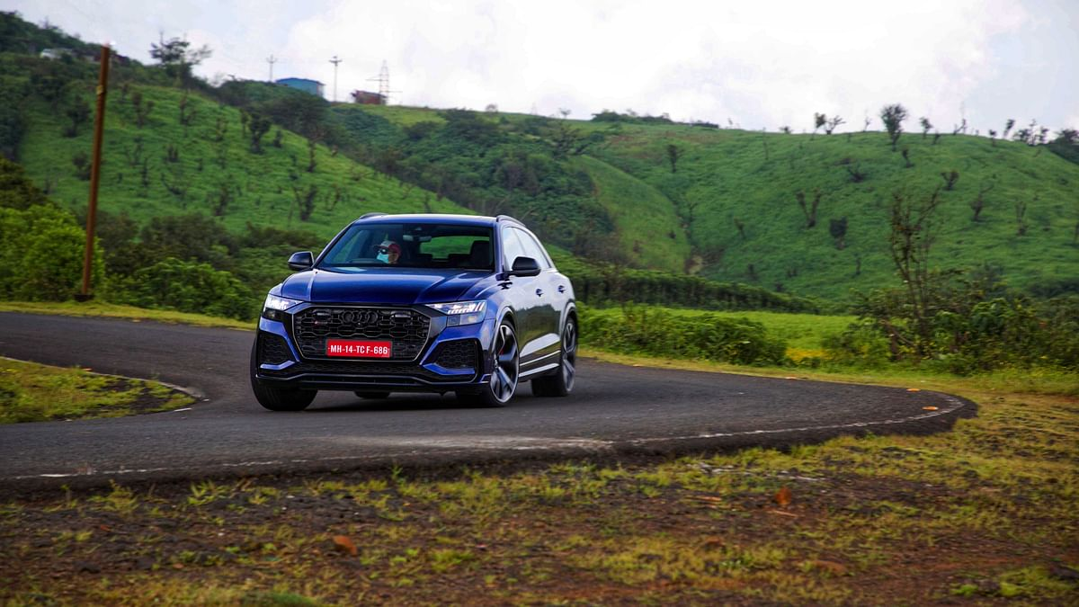 Audi RS Q8 | What makes it so entertaining?