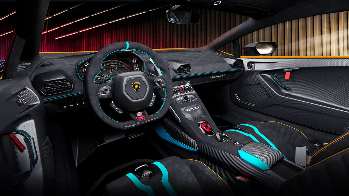 Huracan STO interiors look just as special as the exteriors