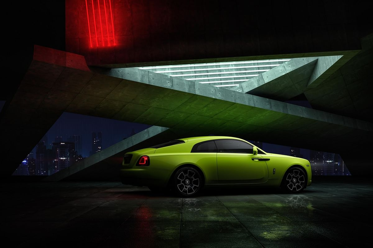 The Lime Rock Green for the Wraith is inspired from the Australian green tree frog