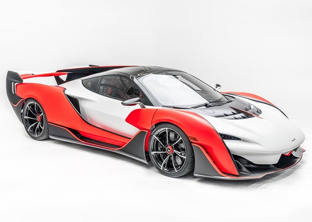 The top speed of 350kmph makes it the fastest two-seater McLaren ever