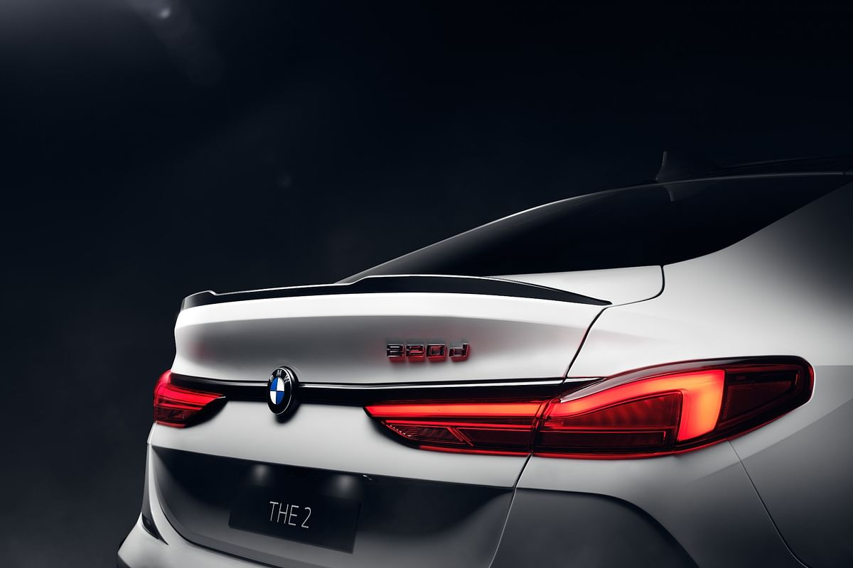 M Performance Black rear spoiler