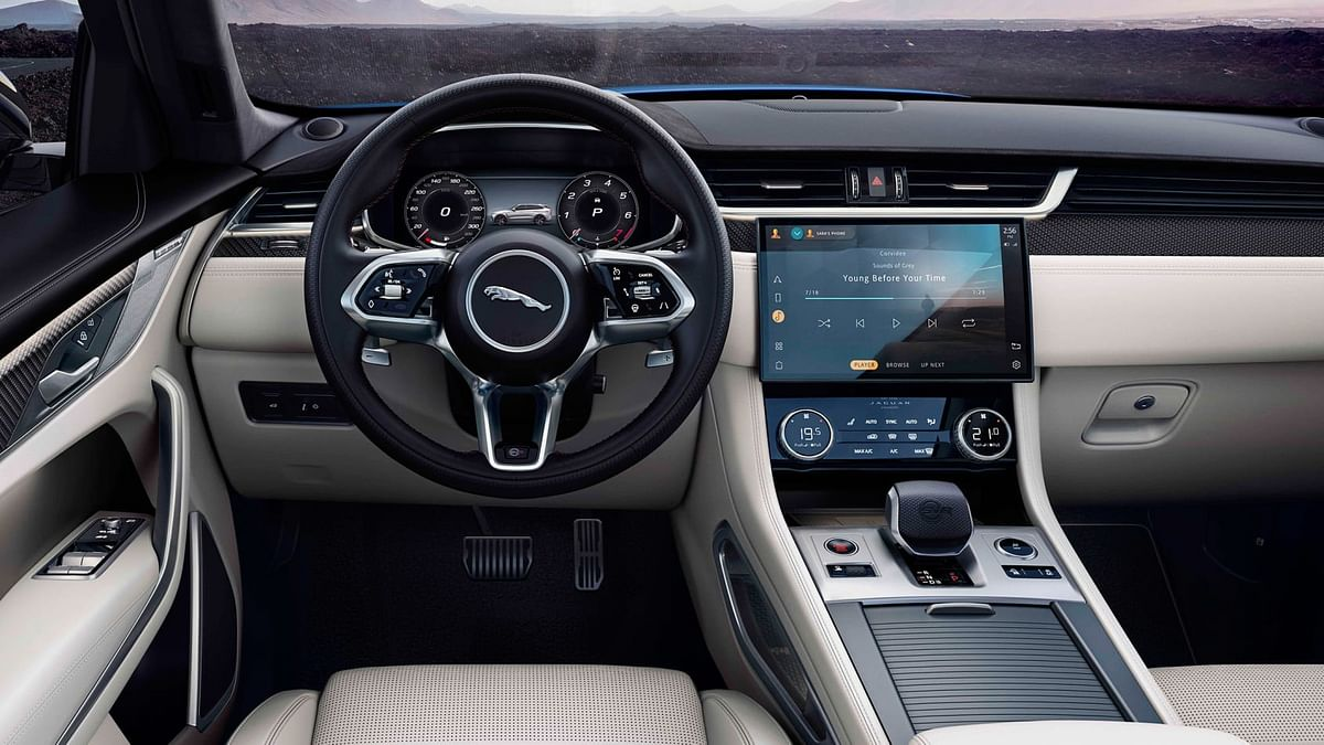 Gets a 11.4-inch curved glass touchscreen infotainment system