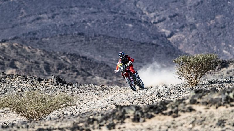 Dakar 2021 Stage 8 | Jose Ignacio Cornejo Florimo puts Honda back on top