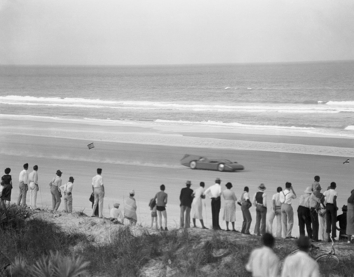 The Bluebird at Daytona Beach
