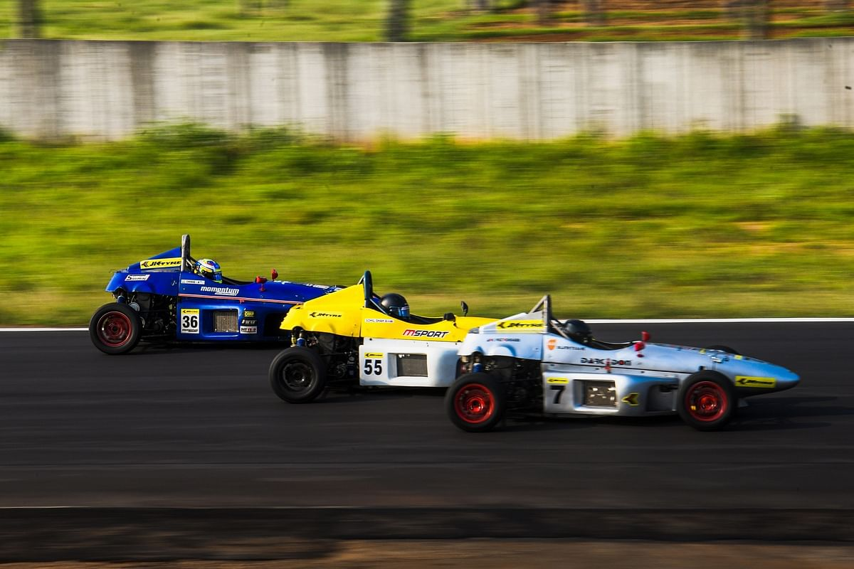 Sandeep Kumar and Amir Sayed dominate at the 2021 JK National Racing Championship
