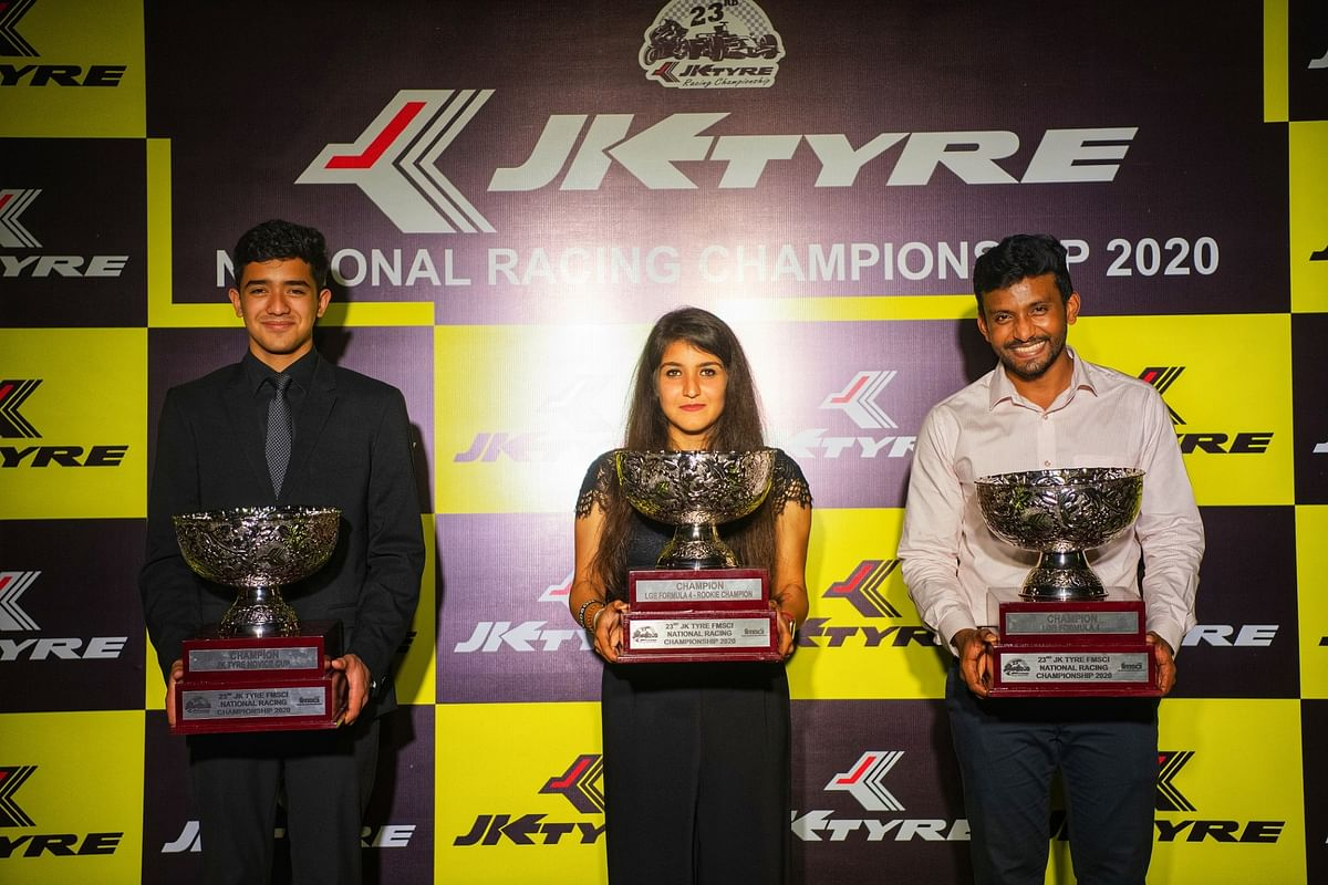 Anushriya Gulati (centre) with the other overall champions of the 23rd JK Tyre-FMSCI National Racing Championship
