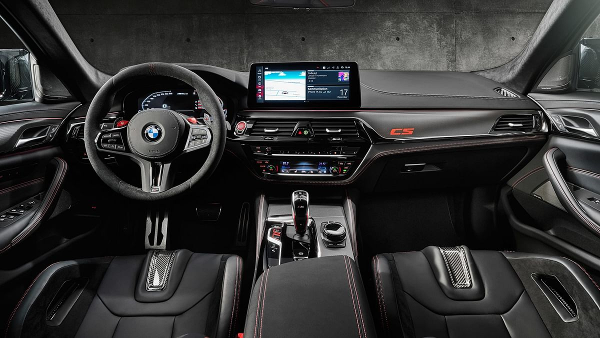 M5 CS gets Alcantra finish on the steering, dash and roof lining