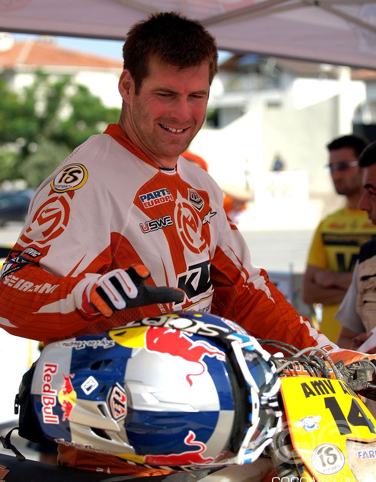 With a large contribution from fans, Knight managed to be there at 2021 Dakar