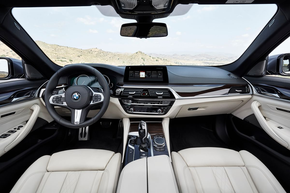Like the 3 Series GL, even the 530i Sport gets a 12.3-inch digital instrument cluster, 10.25-inch infotainment system
