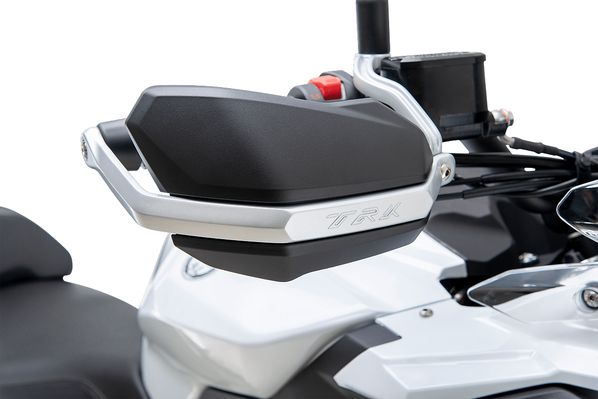 It has an adjustable handlebar with stronger knuckle guards