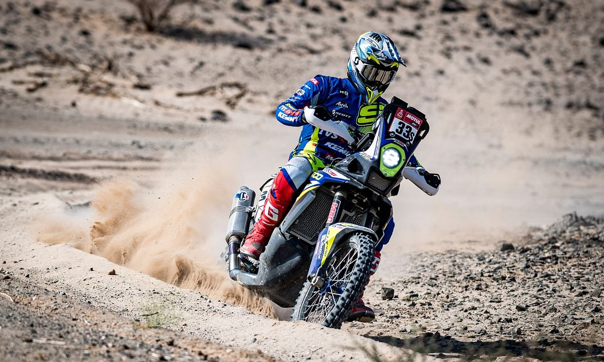 Expert riding from Harith Noah in Stage 7 of the 2021 Dakar saw both him and the bike reaching the bivouac safely