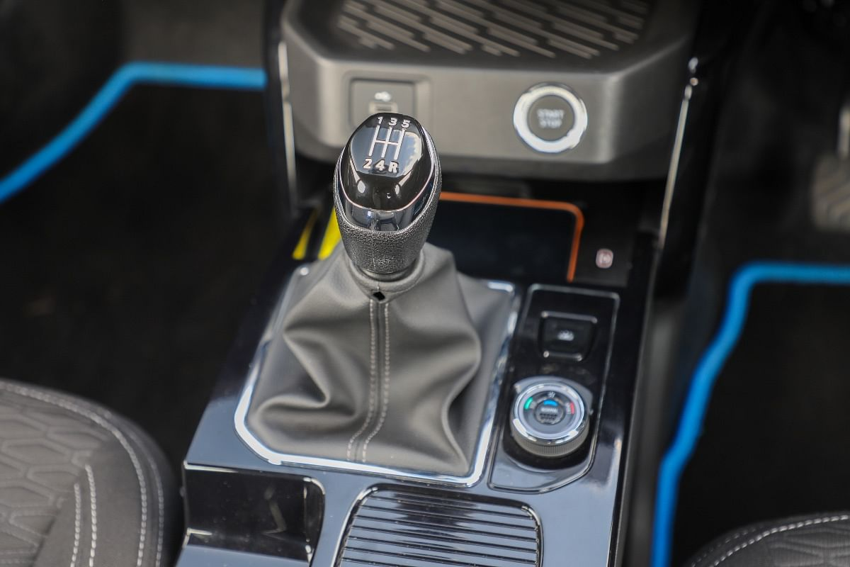 Renault Kiger's manual gearbox isn't the slickest, but it gets the job done