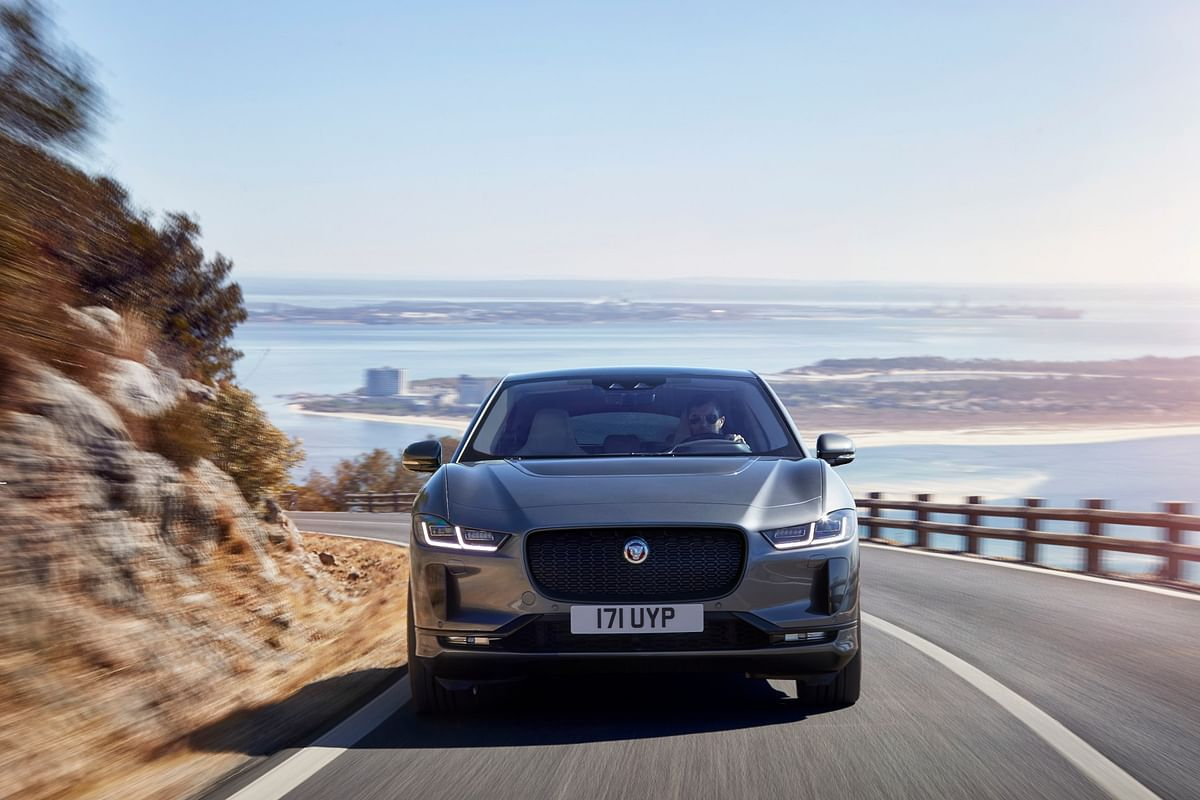 Up front, the I-Pace gets a large distinctively Jaguar grille, with sleek LED headlights