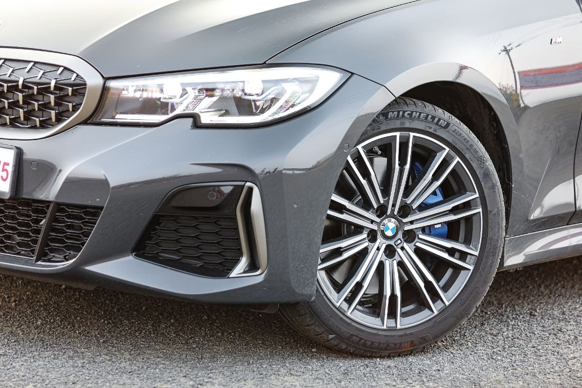 You can upgrade the 18-inch alloys to 19-inch in the M340i