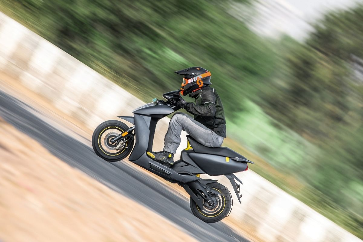 The Ather 450X is much more improved in terms of fit-finish and tech, as compared to the 450