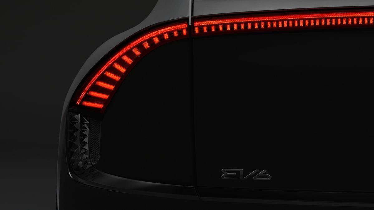 Lighting witchcraft on the Kia EV6