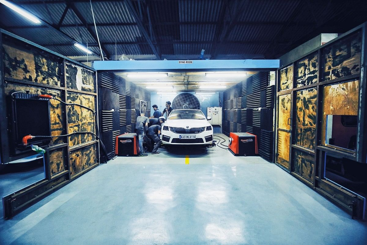 The dyno would surely have its work cut out courtesy the sheer power of this Skoda Octavia RS 230