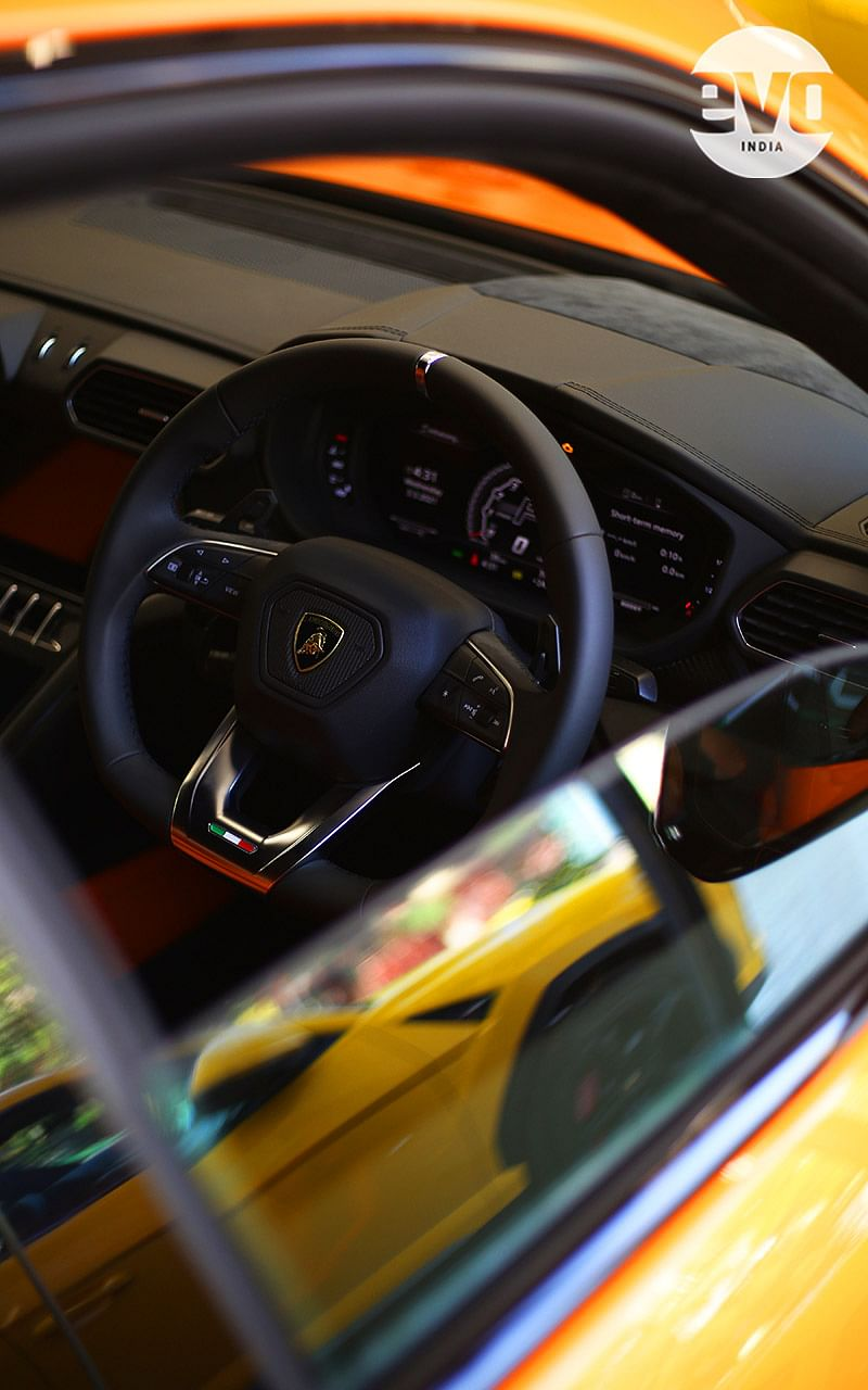 Ad Personam will allow you to change the colour of the steering wheel too
