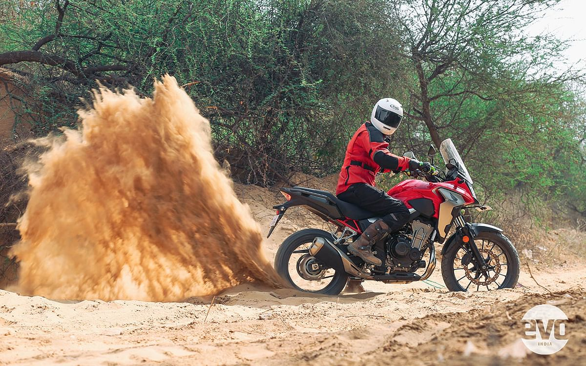 The Dunlop on/off-road tyres hint at its mild off-road ability