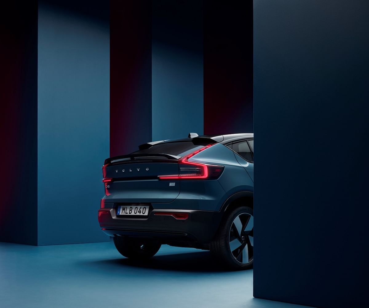 The Volvo C40 gets twin spoilers and a blackened roof which is highly raked to make it look sportier