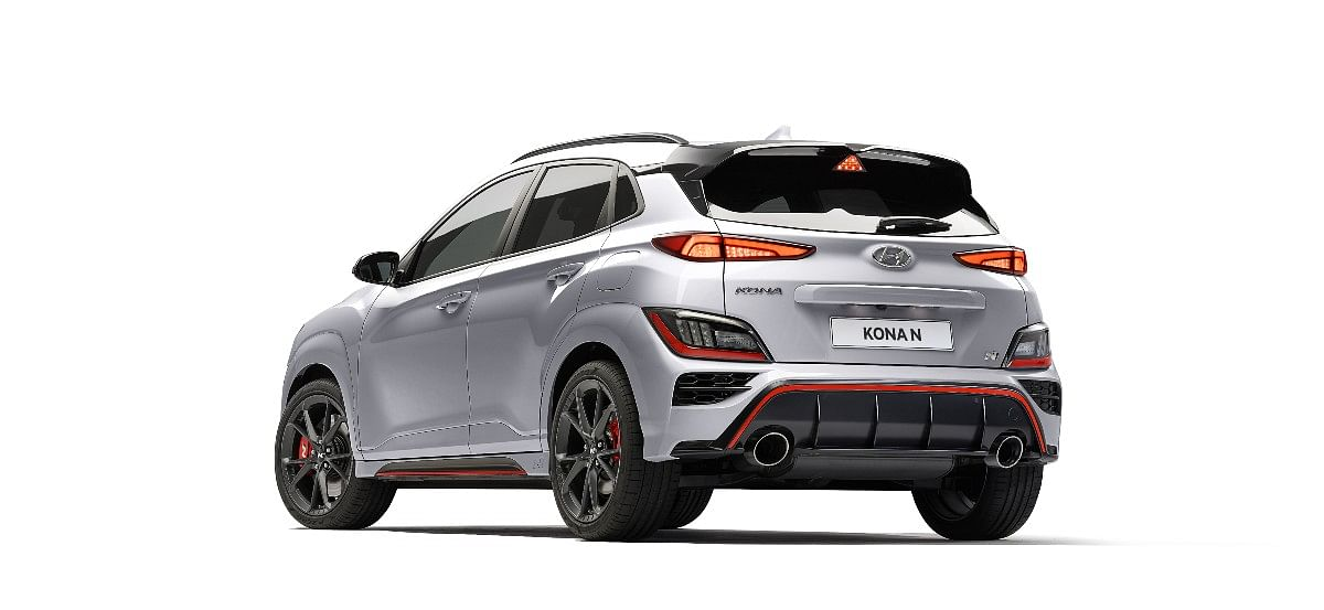 The Hyundai Kona N gets a bigger diffuser and a spoiler which integrates the third brake light