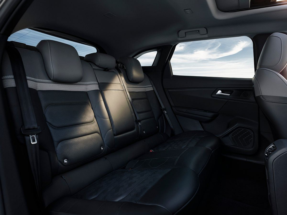 The Citroen C5 X gets an abundance of rear legroom space, courtesy its long wheelbase
