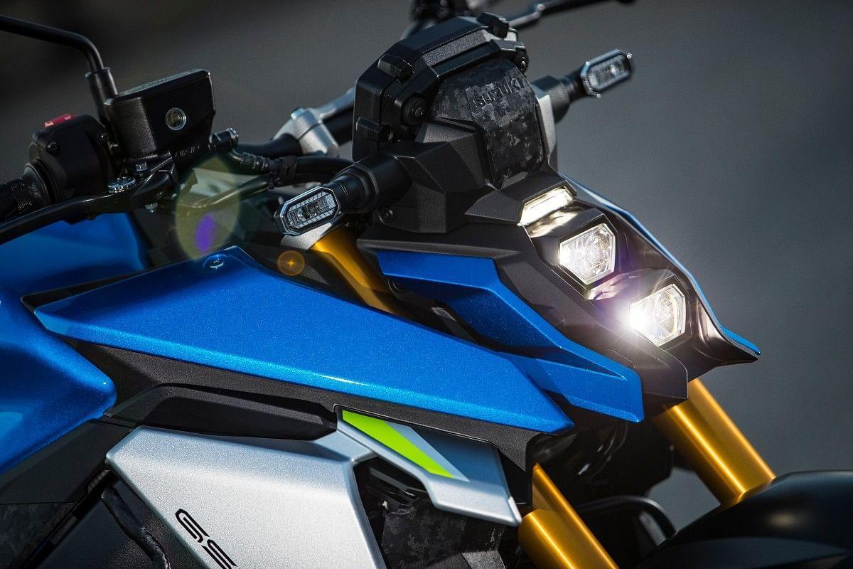 2021 Suzuki GSX-S1000 redesigned front end