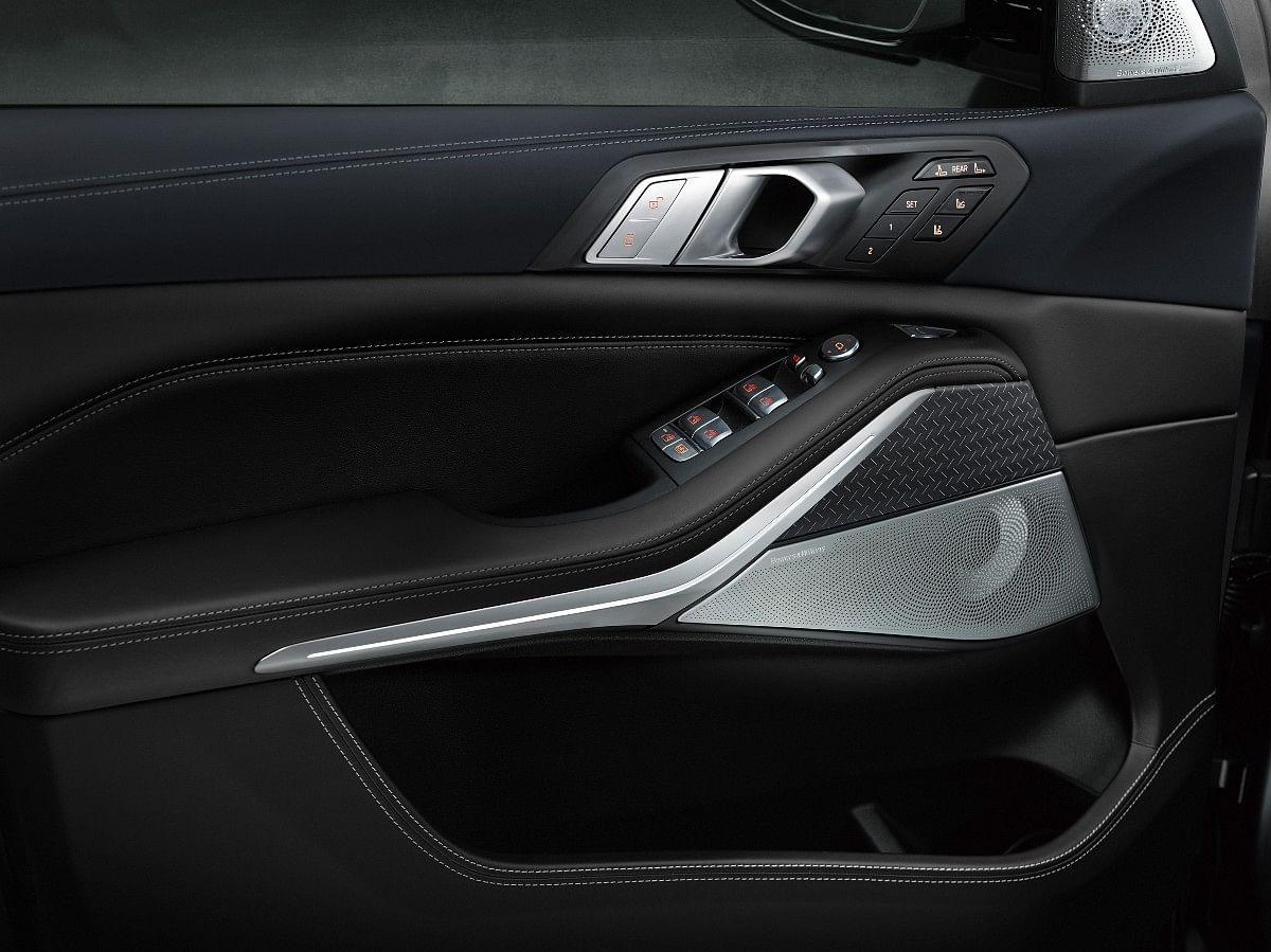 The X7 Dark Shadow Edition gets a 16-Speaker Harman Kardon sound system