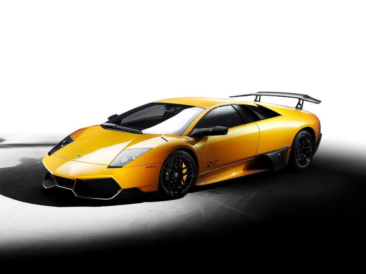 The Lamborghini Murcielago SV was the last V12 Lamborghini available with a manual transmission