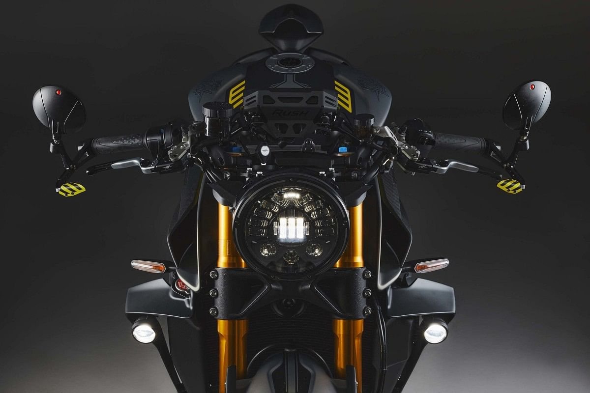 MV Agusta Rush 1000 gets a paint scheme inspired by fighter jets