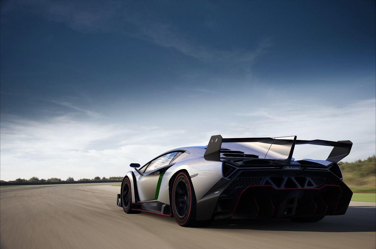 The Lamborghini Veneno came with Lamborghini's ALA active aerodynamics