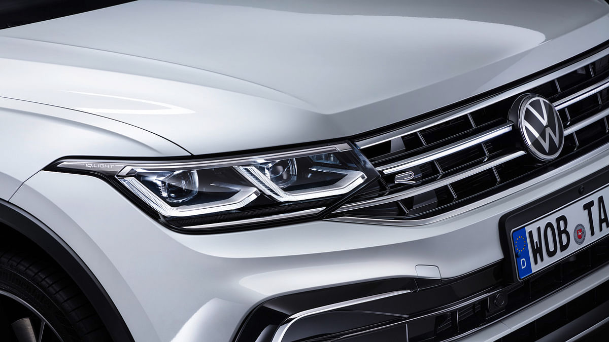 The light bar in the grille adds some bling to the front-end