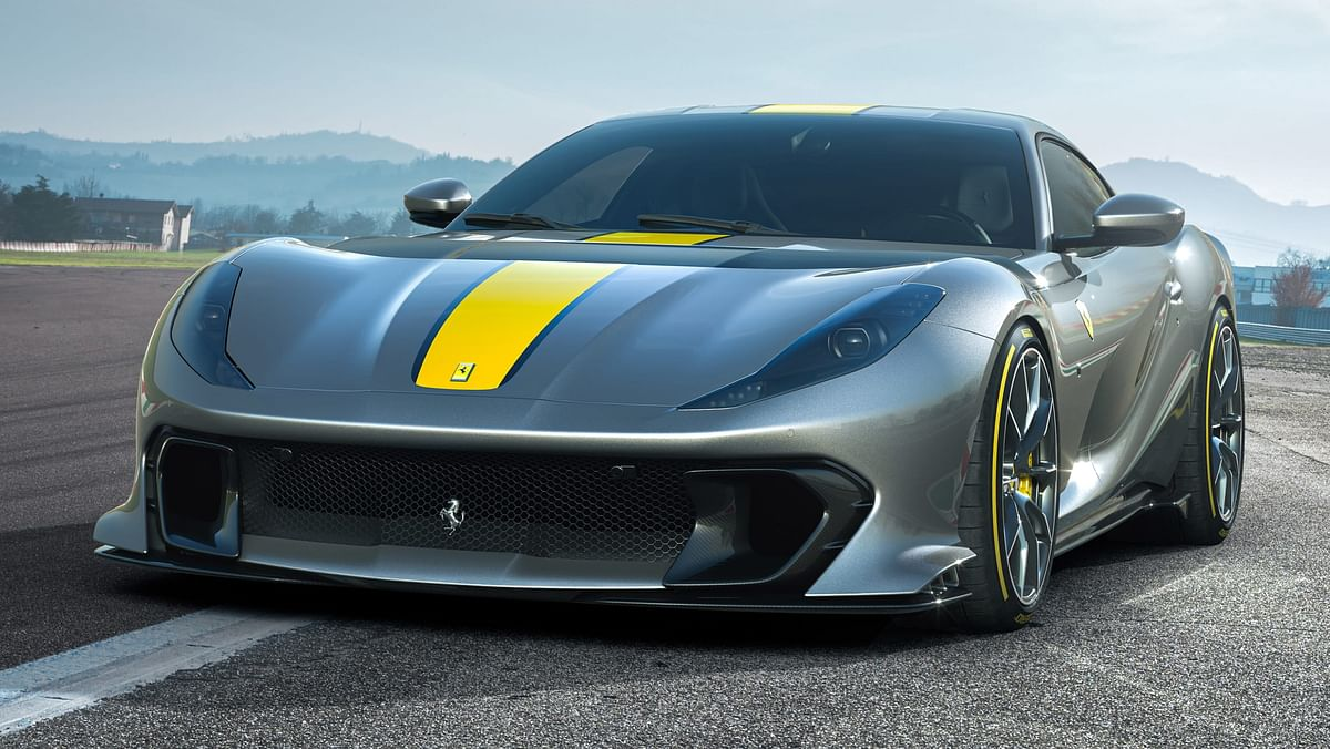 819bhp Ferrari 812 Competizione revealed in full – hardcore V12 GT returns