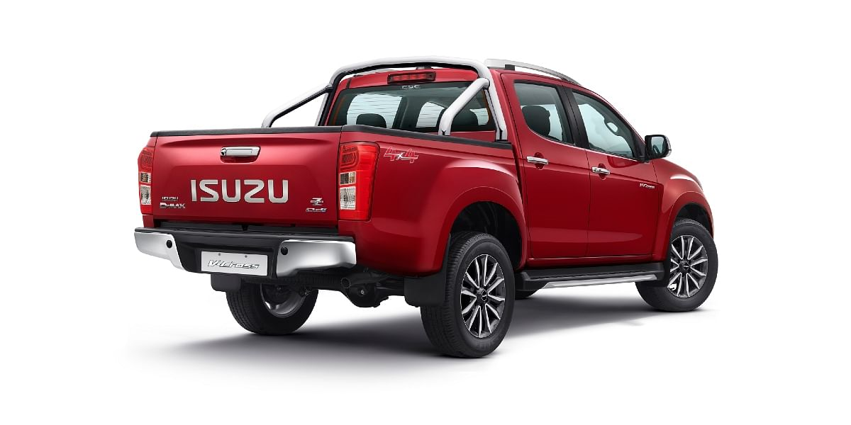 The V-Cross Z with a high-ride suspension setup gets high ground clearance