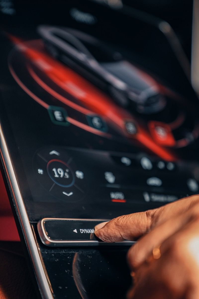 Response of the touch screen system is the best in the business
