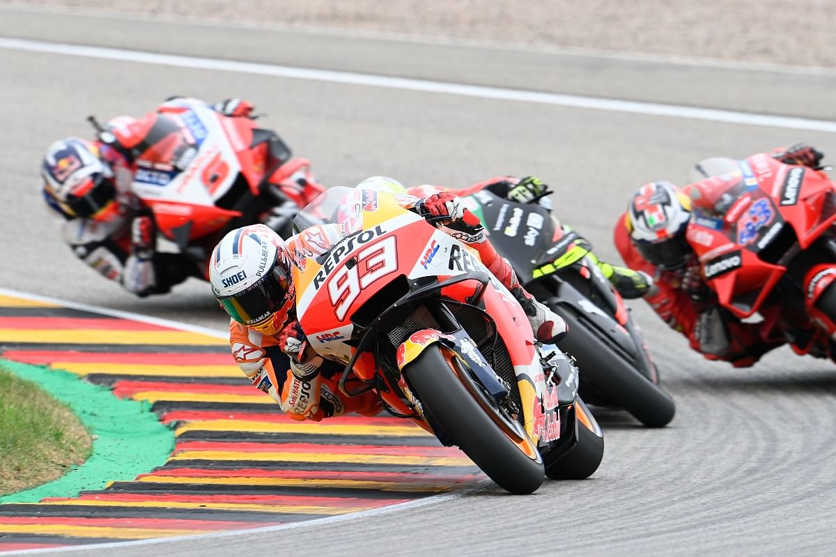 Marquez wrestled his way to P1 and never looked back